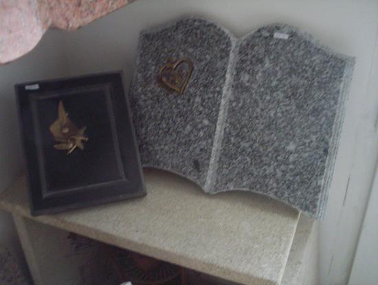 funéraire en granit gris du Tarn et Granit noir Zimbabwe