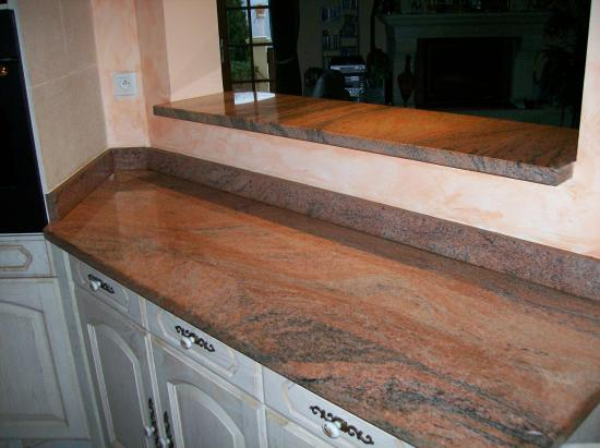 bar granit multicolor