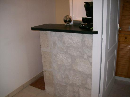 Bar placage en pierre de taille