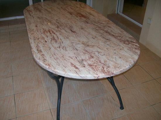 Table granit terrasse