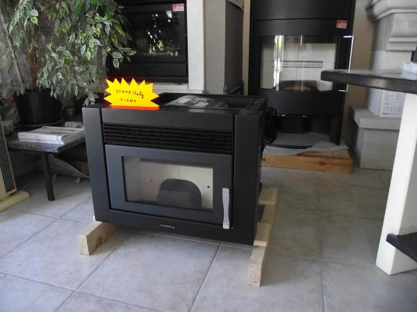 po le insert granule stove italy. Black Bedroom Furniture Sets. Home Design Ideas